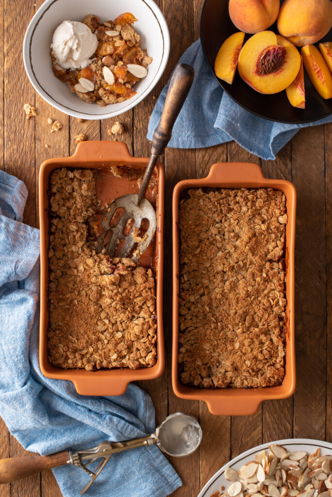 ginger peach crumble in baking dishes
