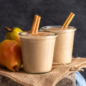 smoothie and pears